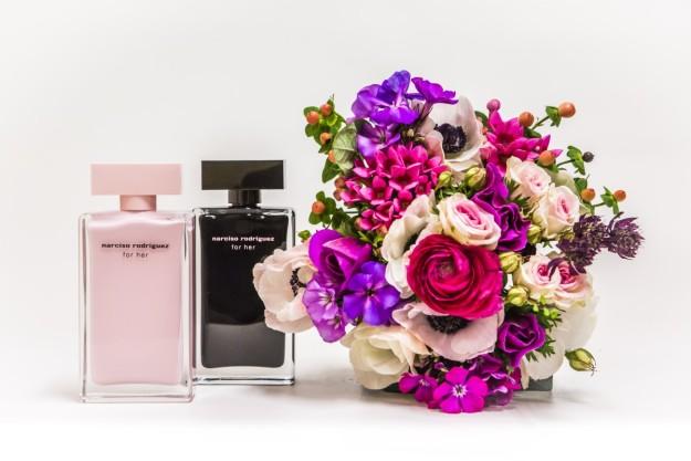 Al elegir las flores de mi boda, quiero que encajen con el aroma de mi perfume: for her, de Narciso Rodríguez.