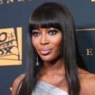 Naomi Campbell sale en defensa de la modelo curvy Ashley Graham