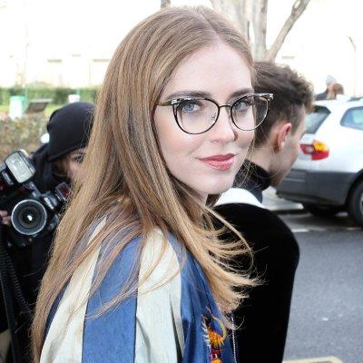 Cinco peinados sencillos para llevar con tus gafas