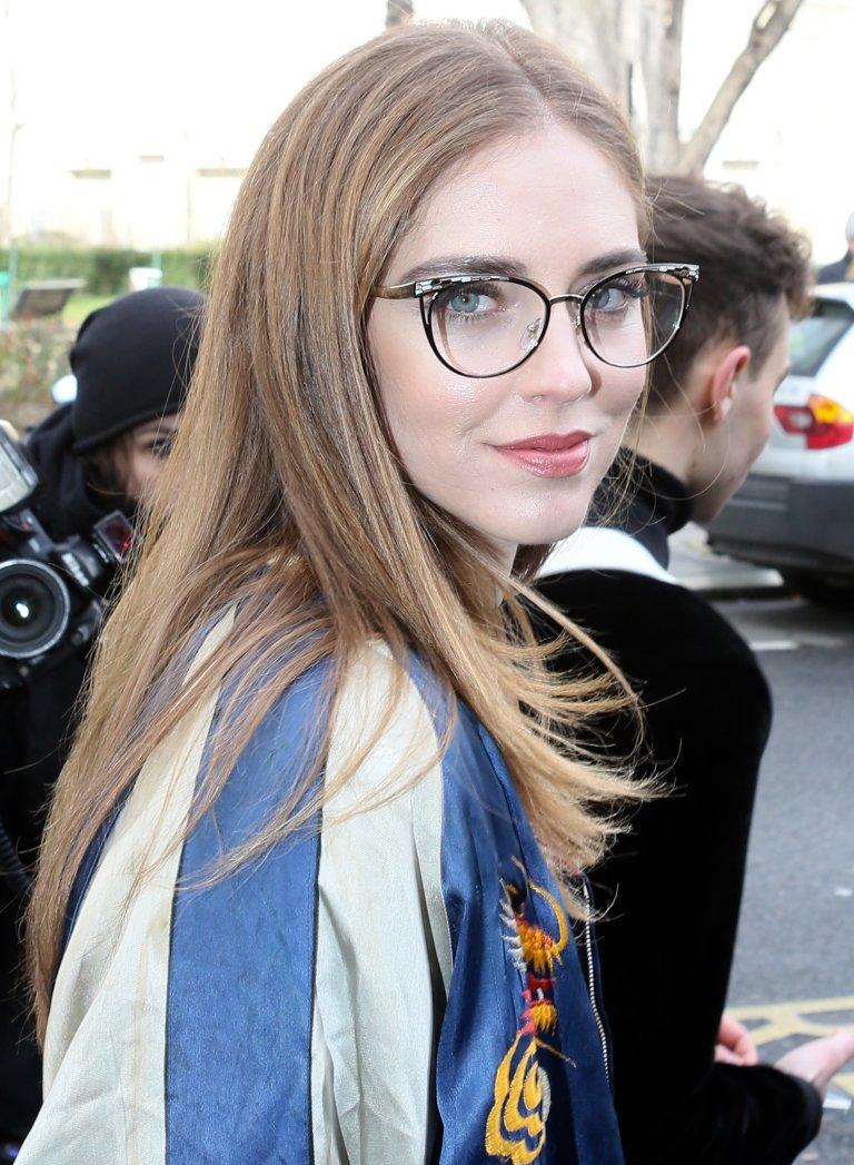 ef87cd3f69 Cinco peinados sencillos para llevar con tus gafas | TELVA