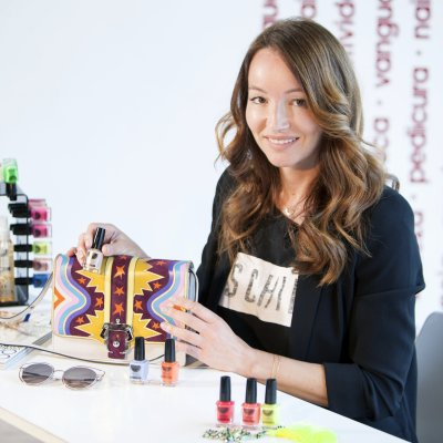 Ana Antic descubre la manicura 5 free de Nails Factory