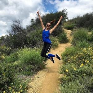 Alessandra Ambrosio haciendo running.