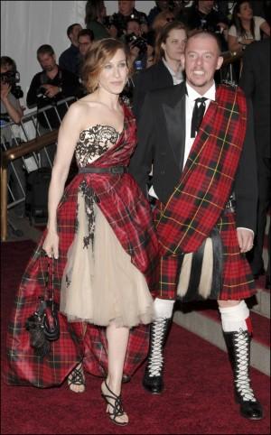 Sarah Jessica Parker junto a Alexander McQueen