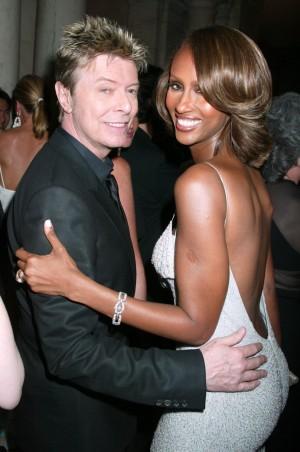 David Bowie e Iman en los premios CFDA de 2005.