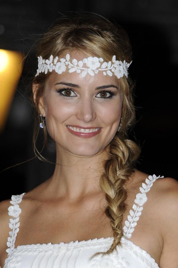 La modelo madrieña Alba Carrillo eligió broche de Suárez para el día de su boda.