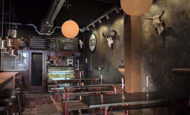 Muta Bar se transforma en un espacio en el que la carne y el humo son grandes protagonistas.