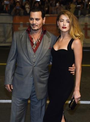 Johnny Depp y Amber Heard en el estreno de Black Mass en el Toronto Film Festival en septiembre 2015.