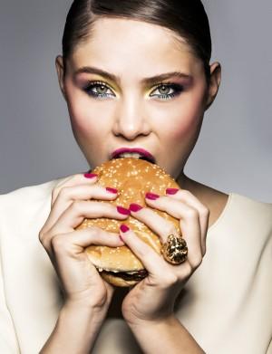 ¿Sabes cómo metaboliza tu cuerpo los alimentos que ingieres? Puedes descubrirlo con los test de ADN.