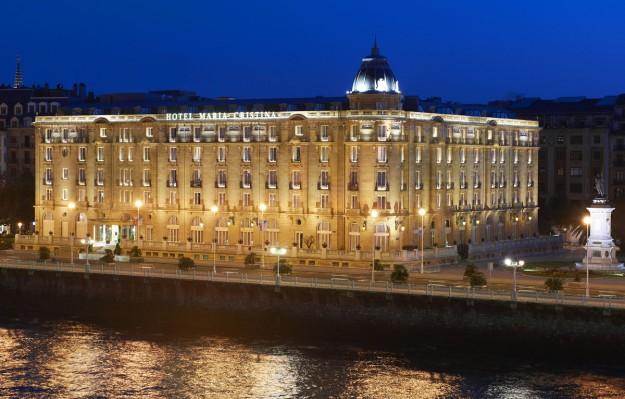 Exterior del Hotel María Cristina en San Sebastián.