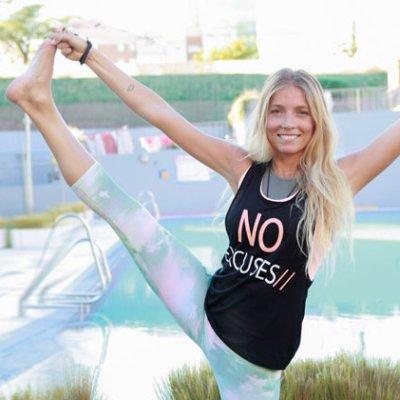 Una master class de yoga con Lucía Liencres