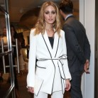 Olivia Palermo (también) sucumbe al pijama de Zara