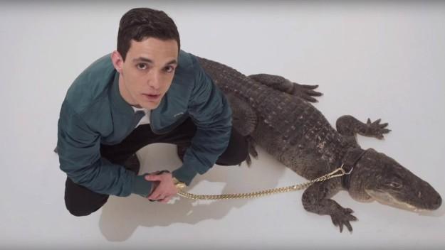 Fotograma de 'Alligators' de AGZ.