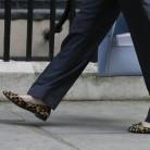 Los peculiares zapatos de la nueva ministra británica