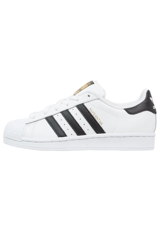 Adidas Superstar. De Adidas vía Zalando, 79,95 euros.