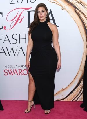Ashley Graham es la última participante en la newsletter de Lena Dunham.