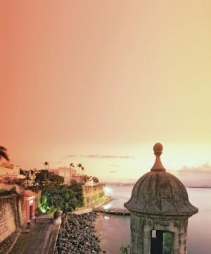 Los atardeceres de Puerto Rico cubren las ciudades de un precioso color ocre.