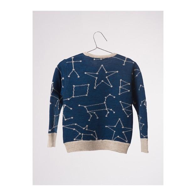 Jersey con figuras tipo astros.