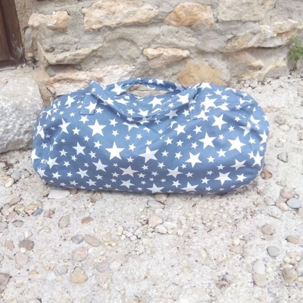 Sus bolsas y mochilas son perfectos para acompañar a tus hijos en sus actividades extraescolares.