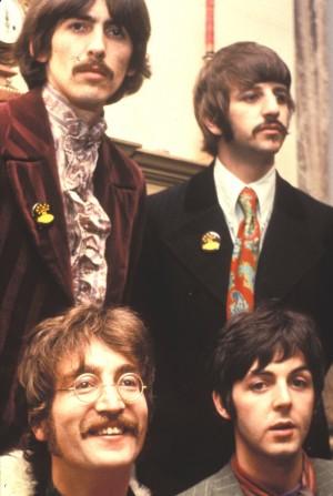 El documental repasa el paulatino ascenso de la banda de Liverpool.