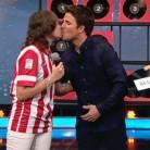 Dani Martín: el beso que ha dividido a las redes sociales