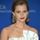 Emma Watson se pone los guantes de boxeo (por la igualdad)