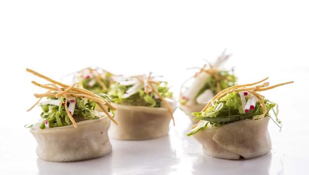 Pozole Xiaolongbao o dumplings al vapor.