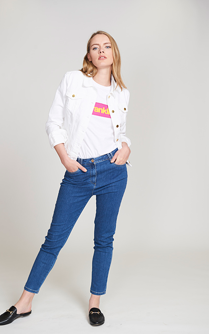 Jeans and t shirt