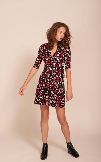 Mini vestido con botines.