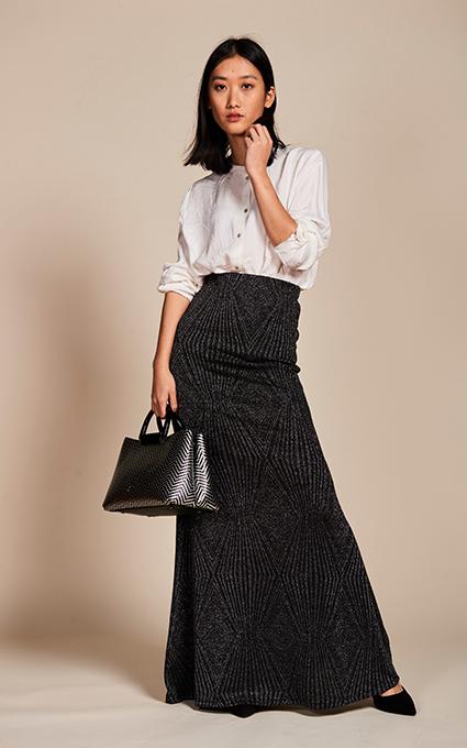 Stilleto y falda larga