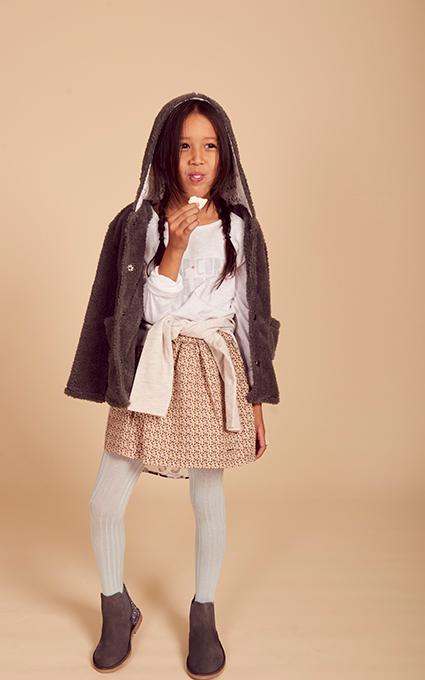 Falda vuelo y abrigo peluche