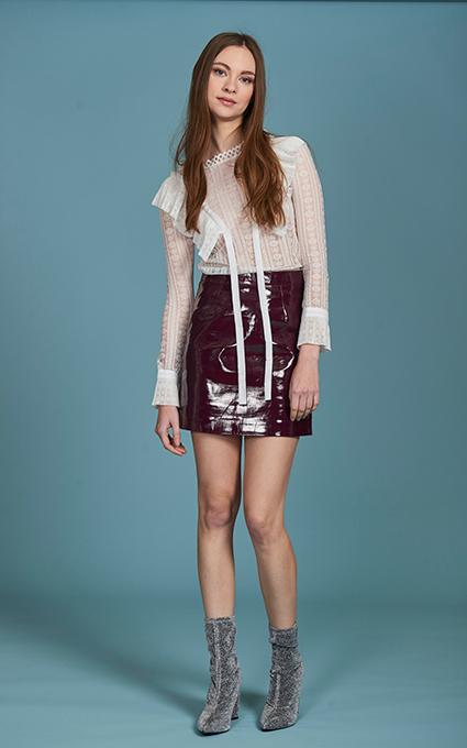 Plastic skirt
