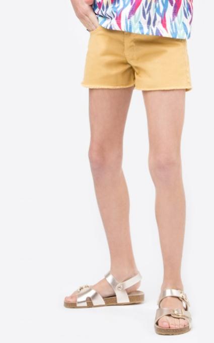 Shorts mostaza