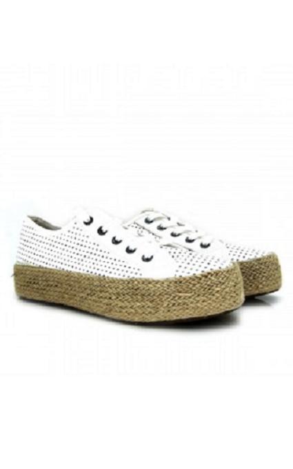 Zapatillas perforadas
