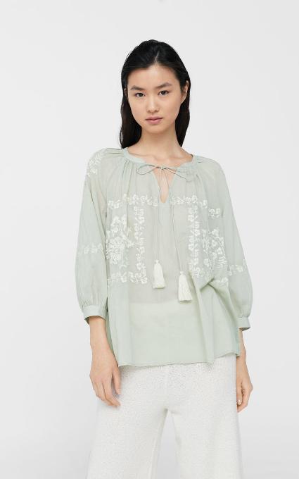 Blusa algodón bordada