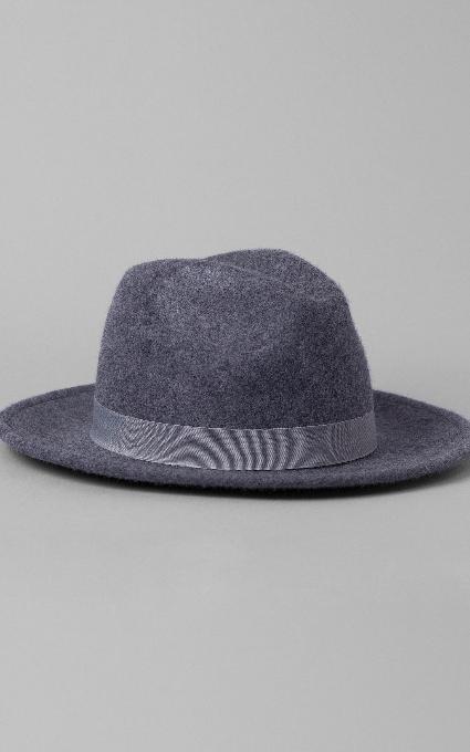 sombrero cinta gris