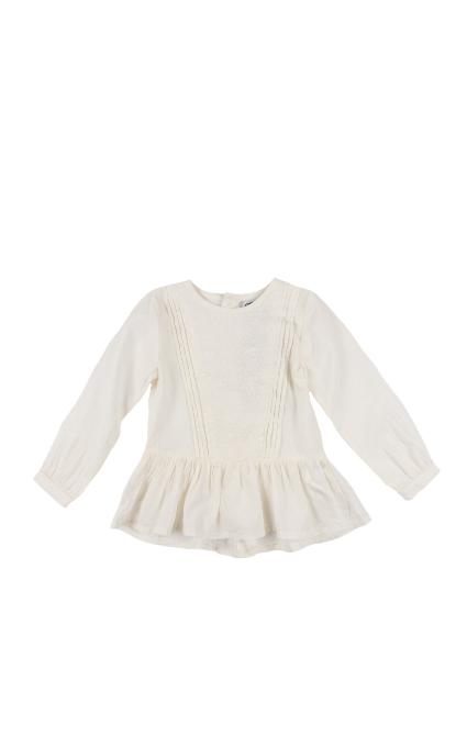 Camisa blanca y bordados